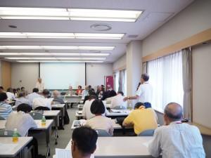 D-11Aの山本剛氏がクラスでの会費納入の呼びかけについて報告